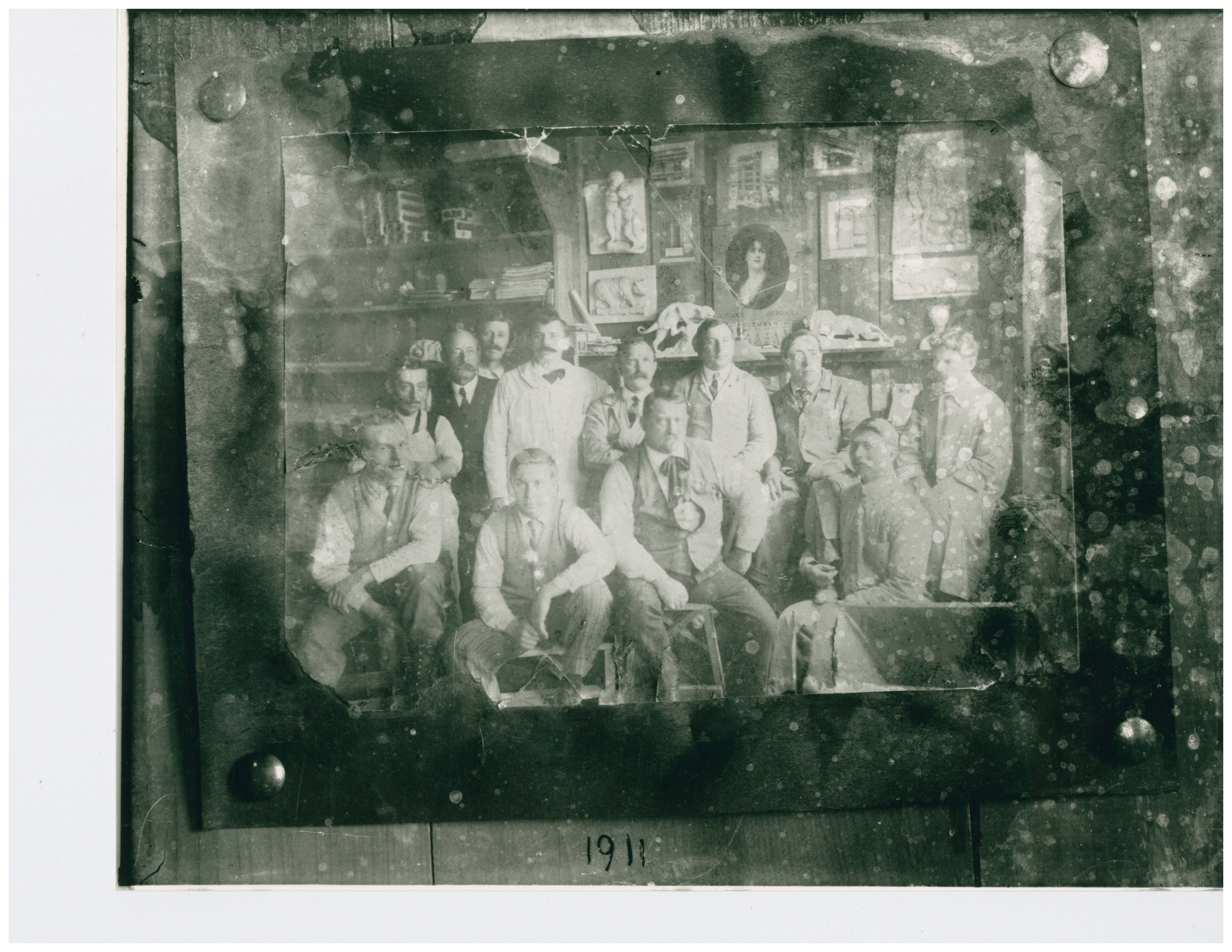 1911 Modeling Room