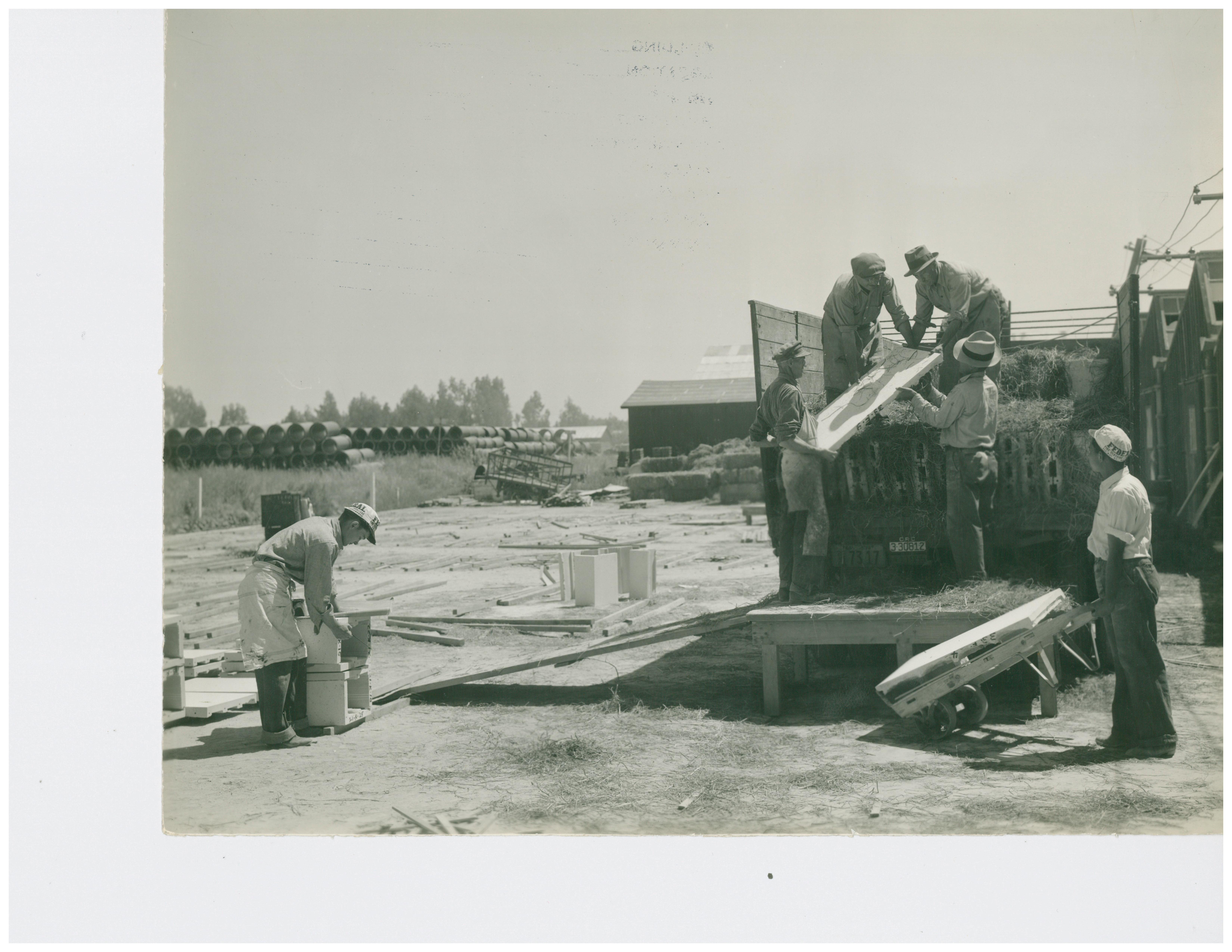 1946 Loading