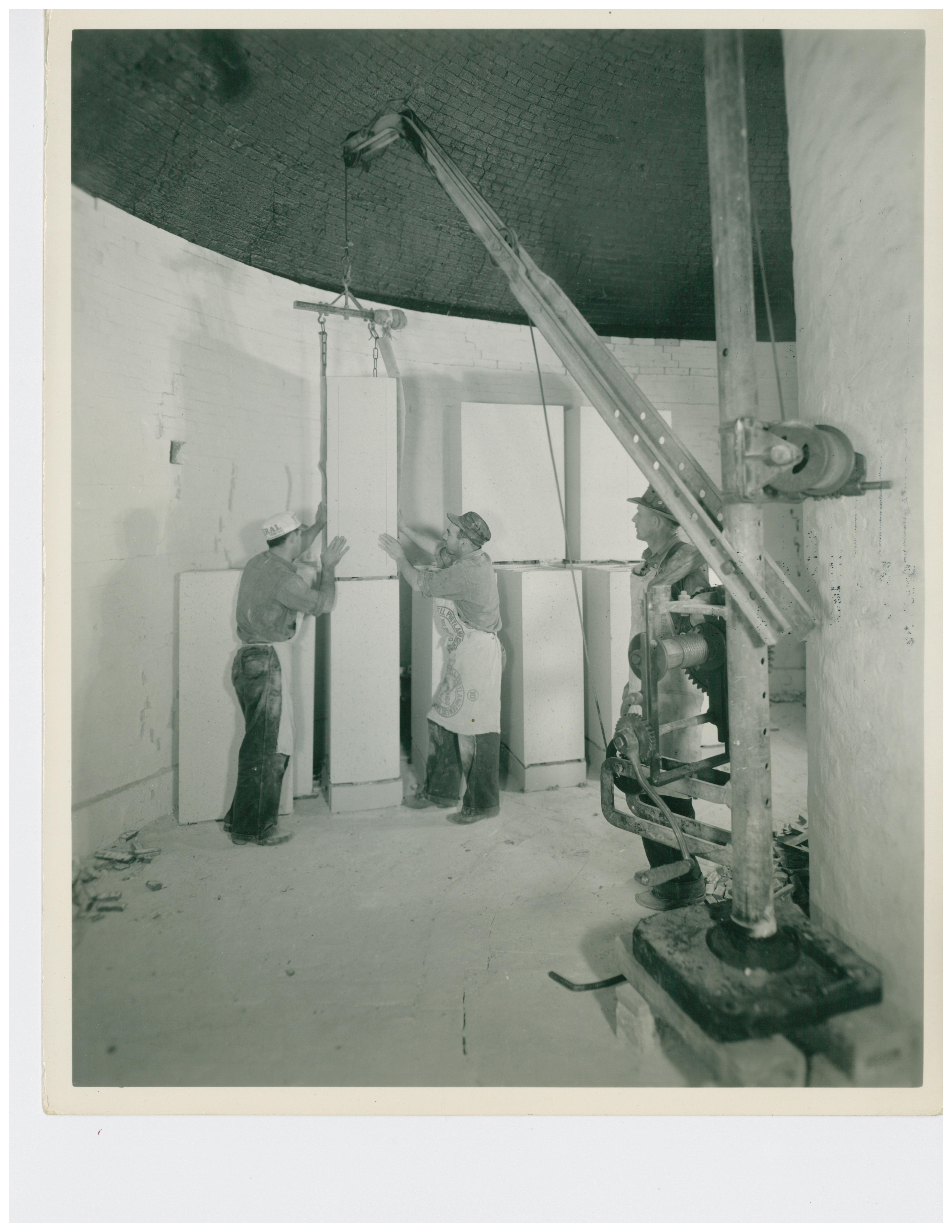 1946 Muffle Kiln