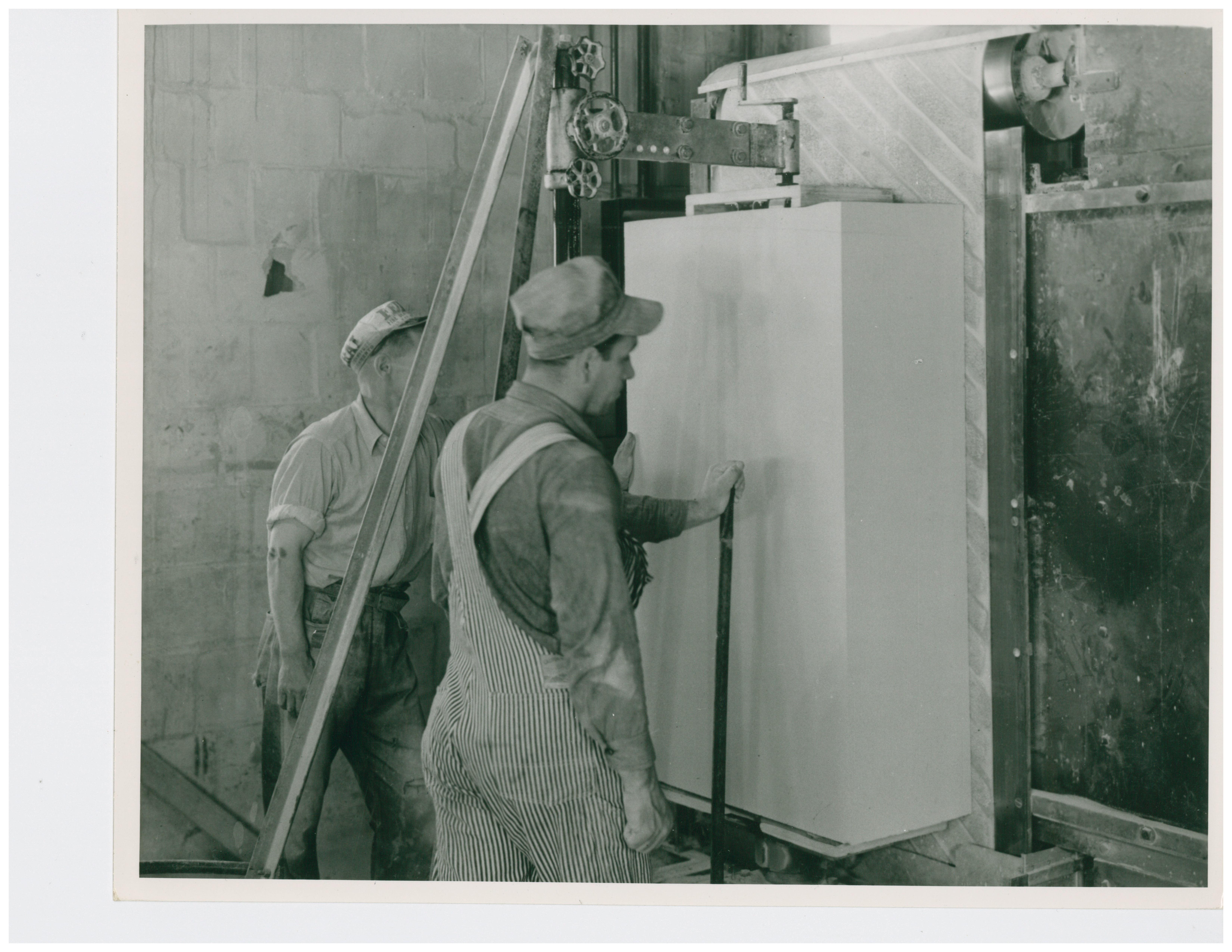 1946 Vertical Belt Sander