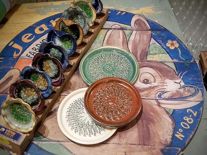 Decorative dipping bowls available at the High-Hand Olive Oil Company